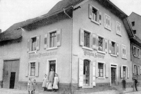 Bäckerei Schwehr, ca. im Jahre 1920